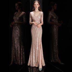 Sexy Rose Gold Pailletten Abendkleider 2020 Meerjungfrau Tiefer V-Ausschnitt 3/4 Ärmel Gespaltete Front Lange Festliche Kleider