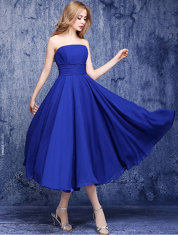 Simple Empire Strapless Backless Ruffle Chiffon Royal Blue Bridesmaid Dresses