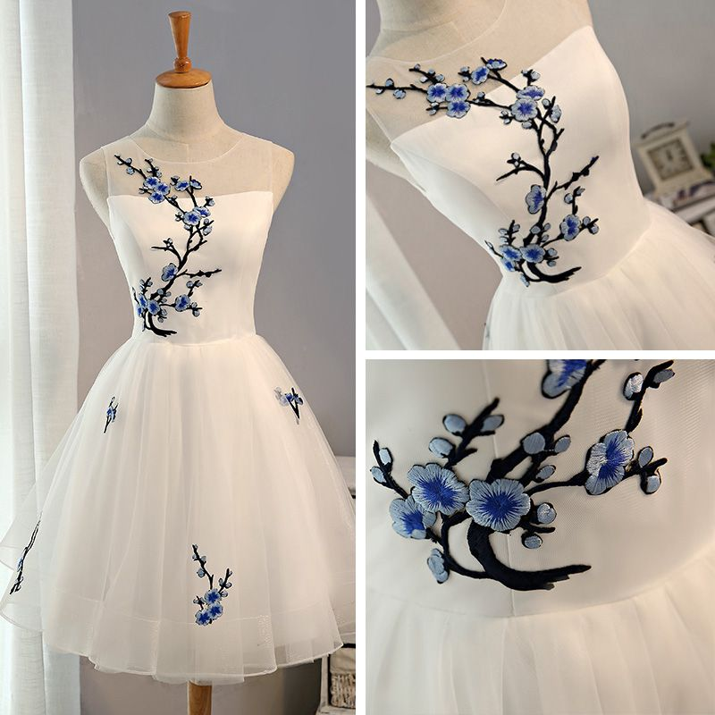 Affordable Chinese style Graduation Dresses 2017 Lace Appliques Backless Sleeveless Scoop Neck White Short Ball Gown