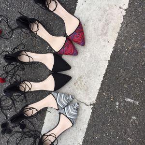 Schöne 2017 5 cm / 2 inch Schwarz Rot Weiß Freizeit Kunstleder Sommer Niedrig Heels Pumps
