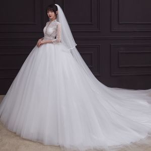 Vintage Hvide Bryllups Brudekjoler 2020 Empire Gennemsigtig Dyb v-hals 3/4 De Las Mangas Applikationsbroderi Med Blonder Beading Flæse Retten Tog
