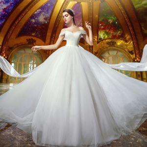 Proste / Simple Kość Słoniowa Organza Suknie Ślubne 2019 Suknia Balowa Przy Ramieniu Kótkie Rękawy Bez Pleców Trenem Sąd Wzburzyć