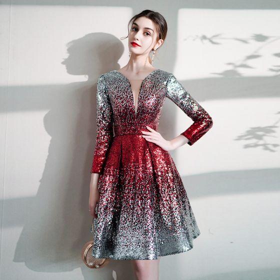 Glitter Zilveren Gradiëntkleur Rode Pailletten Feestjurken 2020 A lijn Diepe v-hals 3/4 Mouwen Korte Ruglooze Gelegenheid Jurken