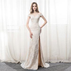Elegant Ivory Evening Dresses  2018 Trumpet / Mermaid Lace Split Front Off-The-Shoulder Backless Sleeveless Court Train Formal Dresses