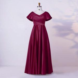 Modest / Simple Burgundy Plus Size Evening Dresses  2020 A-Line / Princess V-Neck Floor-Length / Long Short Sleeve Crossed Straps Handmade  Solid Color Satin Evening Party Formal Dresses