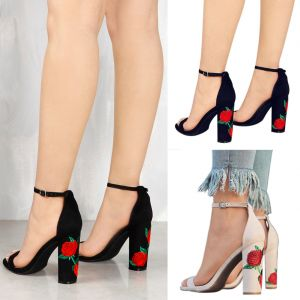 Affordable Black Street Wear Womens Sandals 2020 Embroidered Flower 9 cm Thick Heels Open / Peep Toe Sandals