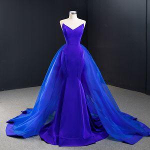 High End Königliches Blau Roter Teppich Abendkleider 2020 Meerjungfrau Herz-Ausschnitt Ärmellos Sweep / Pinsel Zug Rüschen Rückenfreies Festliche Kleider