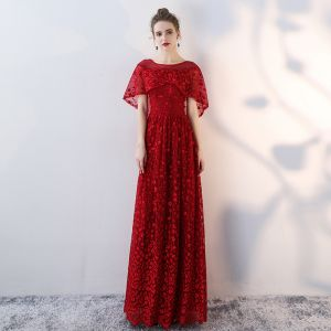 Chic / Beautiful Burgundy Evening Dresses  2018 Empire Lace Flower Beading Scoop Neck Short Sleeve Floor-Length / Long Formal Dresses