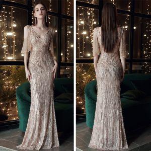 Schöne Gold Abendkleider 2020 Meerjungfrau V-Ausschnitt Kurze Ärmel Strass Pailletten Lange Rückenfreies Festliche Kleider