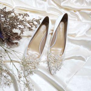 Elegantes Marfil Satén Perla Zapatos de novia 2020 Cuero 5 cm Stilettos / Tacones De Aguja Punta Estrecha Boda Tacones