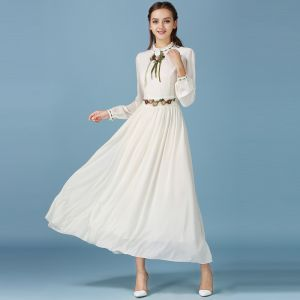 Modern / Fashion Beige Dating Maxi Dresses 2019 A-Line / Princess Embroidered Scoop Neck Long Sleeve Tea-length Womens Clothing