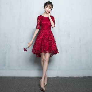 Chic / Beautiful Graduation Dresses 2017 Lace Scoop Neck 1/2 Sleeves Short Red A-Line / Princess