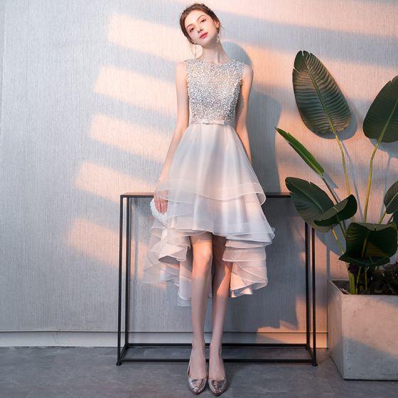 Piękne Srebrny Sukienki Koktajlowe 2018 Princessa Frezowanie Cekiny Kokarda Wycięciem Bez Rękawów Asymetryczny Sukienki Wizytowe