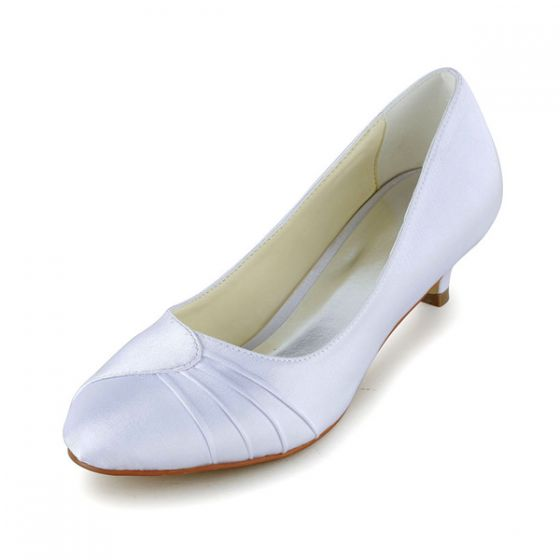 Simple Pointed Toe Ruffle White Satin Kitten Heels Pumps Bridal Wedding Shoes
