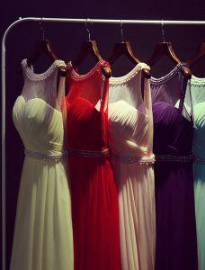 2015 A-linie Rundhalsausschnitt Sicke Perlen Schärpe Chiffon Abendkleid