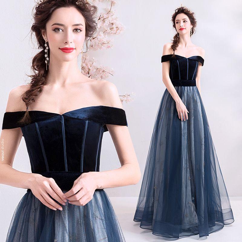 Elegant Dark Green Evening Dresses  2019 A-Line / Princess Off-The-Shoulder Suede Sleeveless Floor-Length / Long Formal Dresses