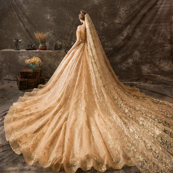 Luxury Gorgeous Gold Wedding Dresses 2019 Ball Gown Off The Shoulder Beading Tassel Lace Flower Sequins Short Sleeve Backless Royal Train