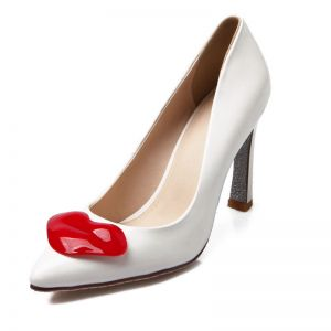 En Cuir Verni Blanc Classique Avec La Lèvre Embellissement Pompes Talons Aiguilles Talon Aiguille Chaussures