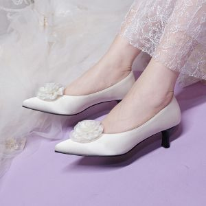 Elegant Ivory Satin Flower Wedding Shoes 2020 Leather 5 cm Stiletto Heels Pointed Toe Wedding Pumps