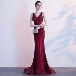 Luxury / Gorgeous Burgundy Evening Dresses  2019 Trumpet / Mermaid V-Neck Beading Crystal Sleeveless Backless Sweep Train Formal Dresses