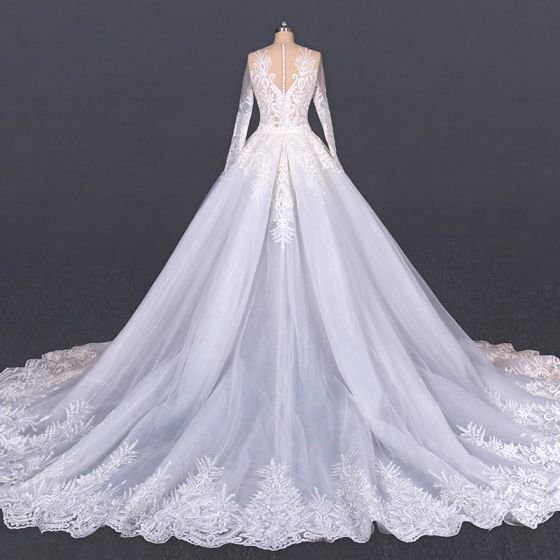 Luxury / Gorgeous White Beach Summer See-through Wedding Dresses 2020 Ball Gown Scoop Neck Long Sleeve Appliques Lace Cathedral Train Ruffle