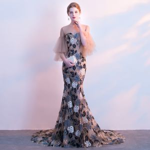 Elegante Champagner Durchbohrt Abendkleider 2018 Mermaid Rundhalsausschnitt 3/4 Ärmel Stickerei Pailletten Hof-Schleppe Rüschen Festliche Kleider