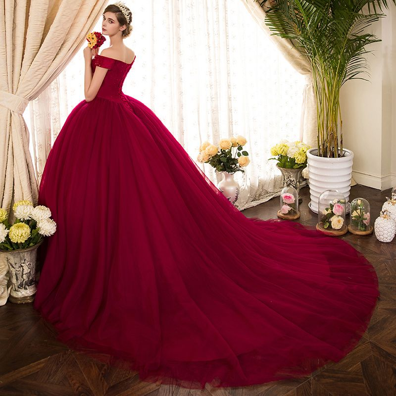 Vintage / Retro Burgundy Prom Dresses 2019 Ball Gown Off-The-Shoulder Short Sleeve Beading Chapel Train Ruffle Backless Formal Dresses