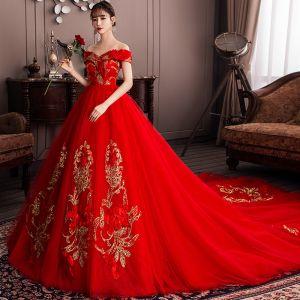 Schöne Rot Brautkleider / Hochzeitskleider 2019 A Linie Off Shoulder Pailletten Spitze Blumen Kurze Ärmel Rückenfreies Kathedrale Schleppe