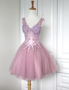 Epaules Col V Courte Robe En Tulle Brode Bouffee De Cocktail / Robe De Graduation