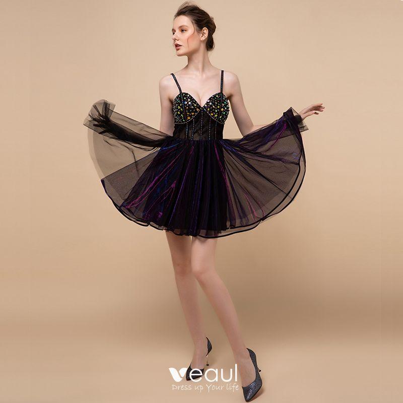 svarta korta klänningar