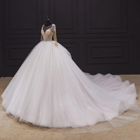 Illusion Ivory / Creme Hochzeits Brautkleider / Hochzeitskleider 2020 Ballkleid Durchsichtige Rundhalsausschnitt Lange Ärmel Rückenfreies Handgefertigt Perlenstickerei Kathedrale Schleppe Rüschen