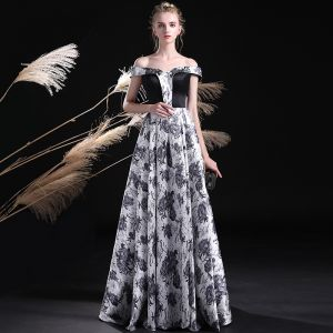 Amazing / Unique Black White Prom Dresses 2017 A-Line / Princess Off-The-Shoulder Short Sleeve Printing Floor-Length / Long Backless Formal Dresses