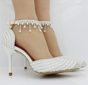 Sparkly White Wedding Shoes 2018 Pearl Rhinestone Ankle Strap 6 cm Stiletto Heels Pointed Toe Wedding High Heels