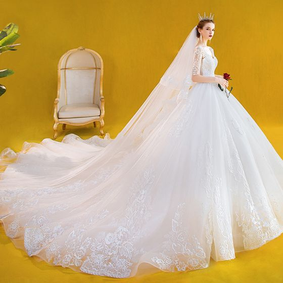 Elegant Ivory Brudekjoler 2020 Prinsesse V-Hals Med Blonder Blomsten 1/2 De Las Mangas Halterneck Cathedral Train