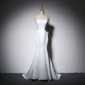 Elegant Ivory Evening Dresses  2018 Trumpet / Mermaid Bow Spaghetti Straps Backless Sleeveless Sweep Train Formal Dresses