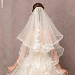Chic / Belle Ivoire Mariage Dentelle Tulle Brodé Fait main Courte Voile De Mariée 2019