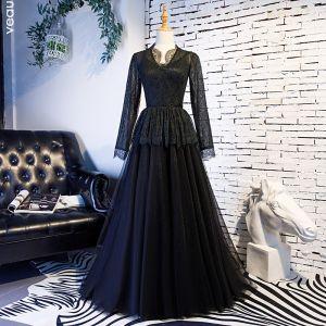 Elegante Vintage Schwarz Ballkleider 2019 A Linie Rundhalsausschnitt Spitze Quaste Lange Ärmel Lange Festliche Kleider