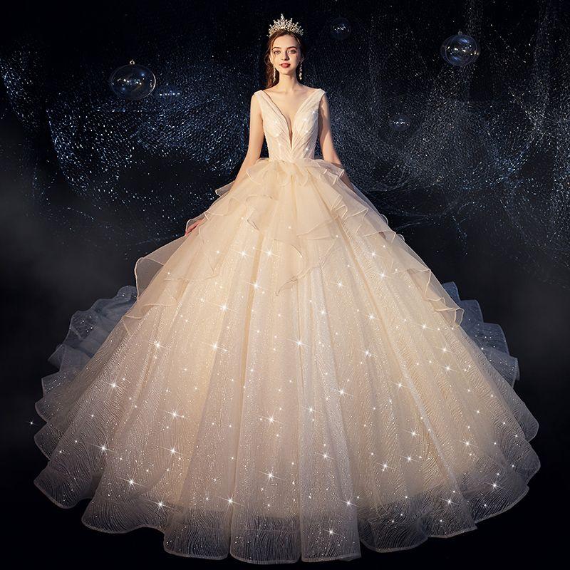 Bling Bling Champagner Brautkleider / Hochzeitskleider 2019 Ballkleid Tiefer V-Ausschnitt Ärmellos Rückenfreies Glanz Tülle Rüschen Kathedrale Schleppe