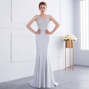 Chic / Beautiful Grey Handmade  Beading Evening Dresses  2018 Trumpet / Mermaid Lace Flower Sequins V-Neck Backless Sleeveless Sweep Train Formal Dresses