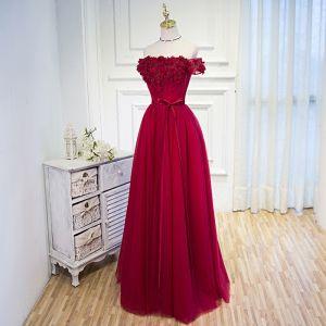 Piękne Burgund Sukienki Na Bal 2018 Princessa Aplikacje Frezowanie Cekiny Kokarda Przy Ramieniu Bez Pleców Bez Rękawów Długie Sukienki Wizytowe