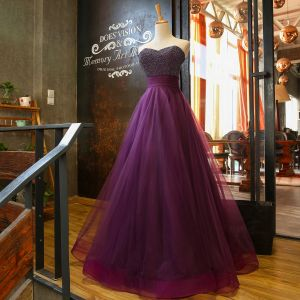 Chic / Beautiful Grape Prom Dresses 2018 A-Line / Princess Sweetheart Sleeveless Pearl Beading Sash Floor-Length / Long Ruffle Backless Formal Dresses