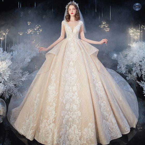 Romantisk Champagne Bryllups Brudekjoler 2020 Balkjole Gennemsigtig Dyb v-hals 1/2 De Las Mangas Halterneck Blomsten Applikationsbroderi Med Blonder Beading Royal Train Flæse