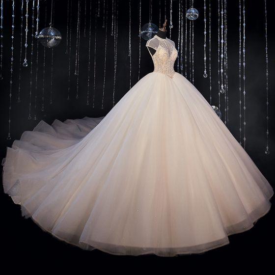 Luksusowe Kość Słoniowa ślubna Suknie Ślubne 2020 Suknia Balowa Przezroczyste Wysokiej Szyi Bez Rękawów Bez Pleców Frezowanie Cekinami Tiulowe Trenem Katedra Wzburzyć