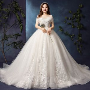 Luxury / Gorgeous White Plus Size Wedding Dresses 2019 A-Line / Princess U-Neck Tulle Appliques Backless Beading Handmade  Cathedral Train