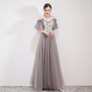 Elegante Grau Abendkleider 2019 A Linie Spaghettiträger Applikationen Spitze Blumen Kurze Ärmel Rückenfreies Lange Festliche Kleider