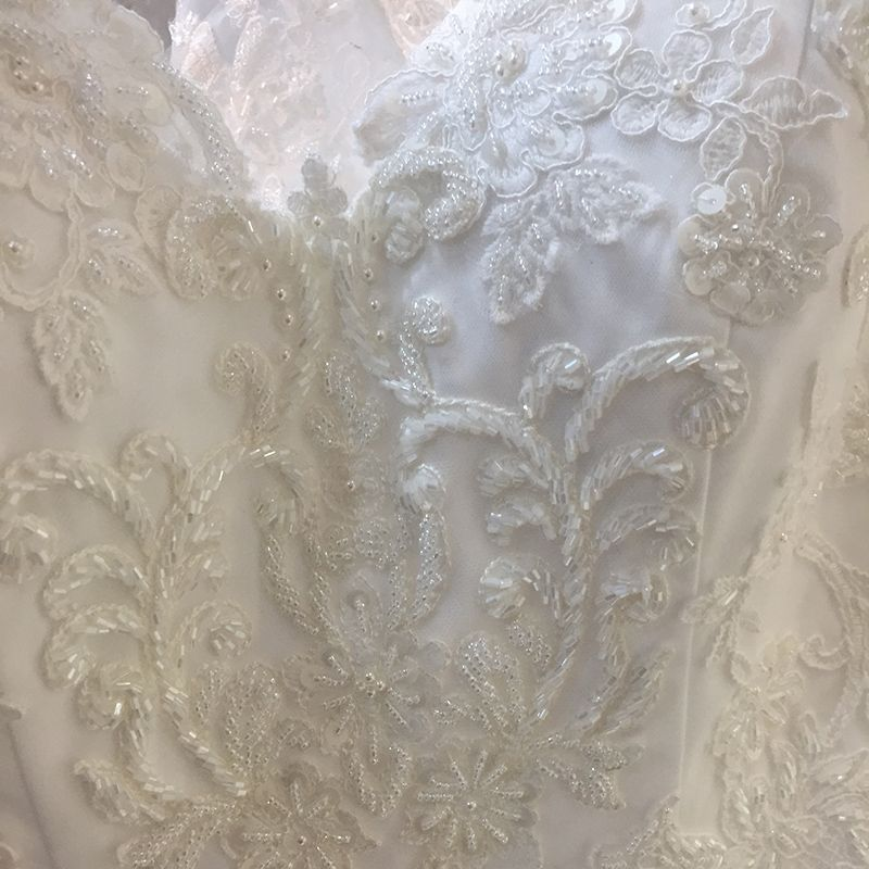 Chic / Beautiful Church Wedding Dresses 2017 White Trumpet / Mermaid Chapel Train V-Neck Backless 3/4 Sleeve Pearl Beading Lace Appliques