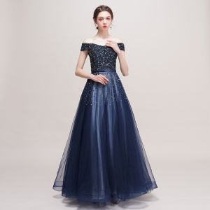 Luxury / Gorgeous Navy Blue Prom Dresses 2018 A-Line / Princess Off-The-Shoulder Short Sleeve Beading Sequins Sash Floor-Length / Long Ruffle Backless Formal Dresses