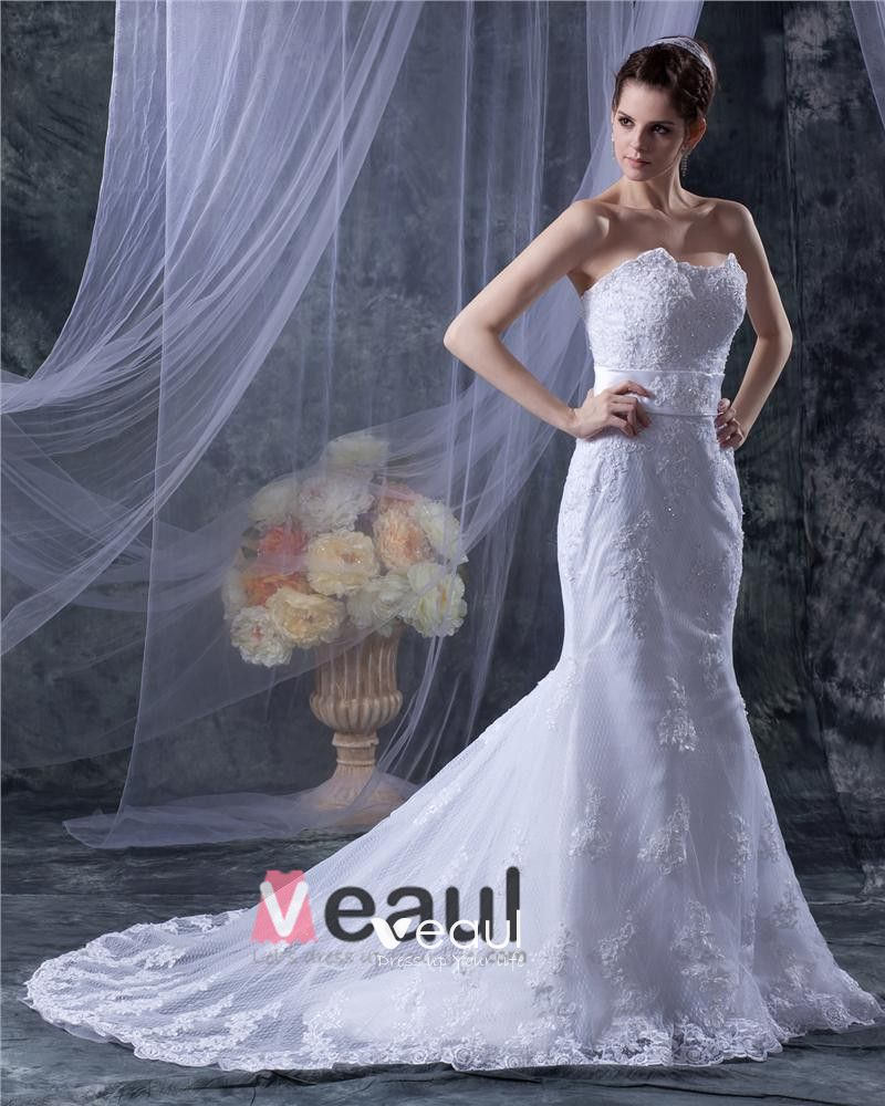 Tulle Strapless Chaoel Beading Applique Sheath Bridal Gown Wedding Dress