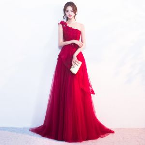 Chic / Beautiful Burgundy Evening Dresses  2019 A-Line / Princess One-Shoulder Beading Sequins Lace Flower Sleeveless Backless Court Train Formal Dresses