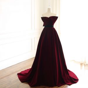 Chic / Beautiful Burgundy Evening Dresses  2019 A-Line / Princess Suede Strapless Bow Sleeveless Backless Court Train Formal Dresses
